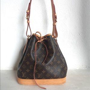 Louis Vuitton Noé Monogram Bucket Bag